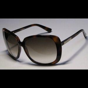 YSL sunglasses in Dark Havana